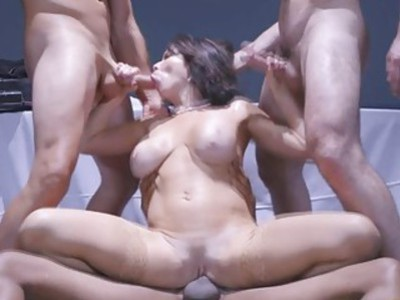 Three horny men pounded Veronicas pussy