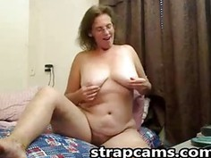 Hot busty mature fingers pussy