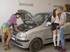 Hands on lesson for horny young couple