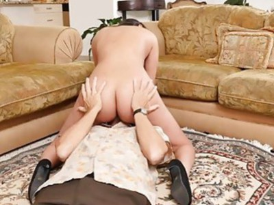 Glenn got Liz on top of his old cock bouncing off