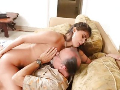 Sweet babe Jeleana Marie wanted it hard for her pussy