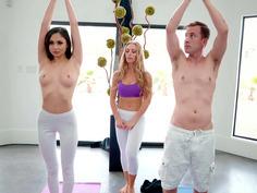 Ariana Marie and Nicole Aniston seduce Jessy in the yoga class