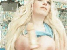 Barbie Blonde Squirts Hard