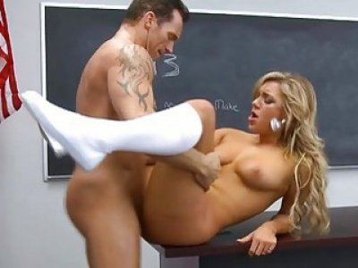 Amoral schoolgirl fuck