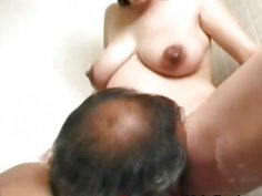 Pregnant chick gets licked and blows long cock