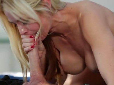 Sarah Vandella blowjob the plumbers cock