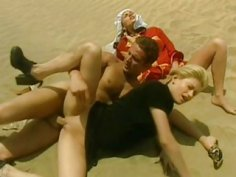 Kitty and Nikolette Anal Threesome in the Desert