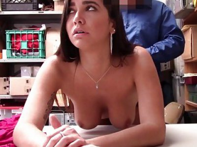 Karlee Grey bouncing her pussy on top