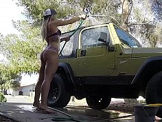 Car wash hottie