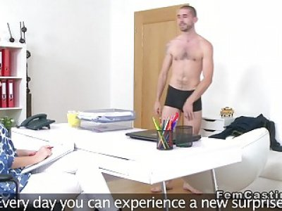 Amateur guy jizzs shaved agents cunt