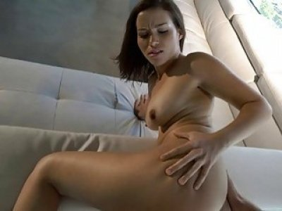 Lustful babe stuffs her mouth with cock in pov