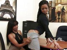 Ebony lesbians Jenna and Kira licking pussies