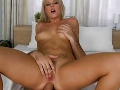 Honey gets fucked by her partner on the bed