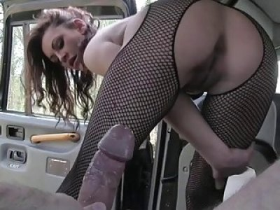 Huge boobies passenger banged in the cab