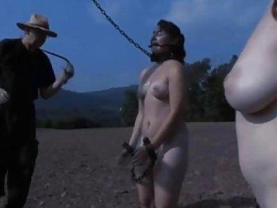 Amoral torturing of babes vagina