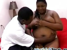 Big pregnant black hooker gets paid to take some jizz