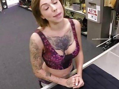 Tattooed babe Harlow Harrison fucks a horny pawnman