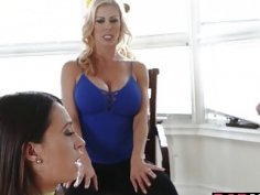 MILF Alexis Fawx in a 3some with Quinn Wilde