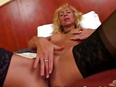 Mature Bodybuilder Blows And Rides Long Schlong