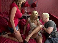 Wonderful wonderful threesome