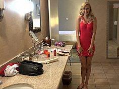 Alexa Grace in Vegas