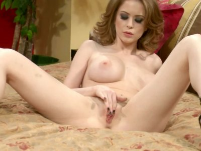 Pervy hottie Emily Addison massages her wet pussy to heavenly orgasms