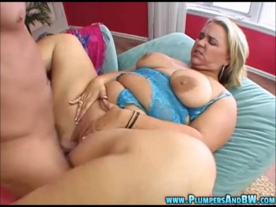 Big Girl Rilee Payton Takes A Ride Cock