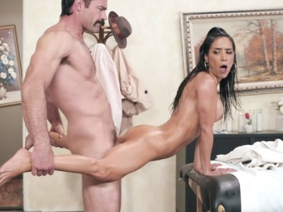 Latina Tia Cyrus leaned on the massage table and got fucked
