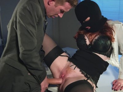 Zara DuRose in stockings gets pussy plowed by Danny D