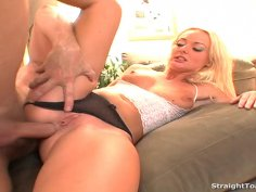 Melissa Lauren Mouth And Tight Ass Buttplug Fucked