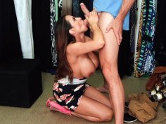 Ariella Ferrera gives blowjob to Johnny Sins in the store