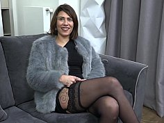 Amateur MILF deepthroats a dick