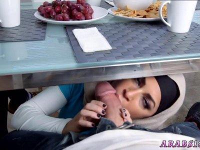 性感的阿拉伯青少年xxx艺术模仿生活