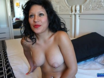 Horny Spanish lady Raquel Love masturbates and gives a blowjob