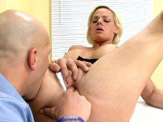 Blonde whorish housewife Cortknee cheating on her kitchen