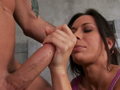 Brutal dude fucks Rachel Starr on a leather couch and she squeezes her tits