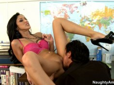 Whorable Breanne Benson seduces her strict boss