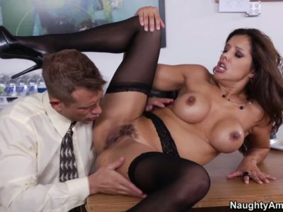 Slutty secretary Francesca Le loves sucking her chief's cock