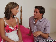 Young guy finds the way to Presley Hart's pussy and tits