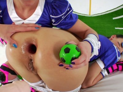 Trashy sluts Alysa, Hotkinkyjo and Kinky Niky with huge assholes fuck with a monstrous strapon