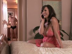 Rich housewife Lisa Ann rides her futuristic lover's dick