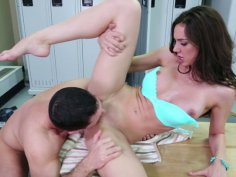 Pussy licking for cuddly brunette Tiffany Tyler