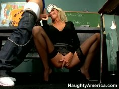 College professor Emma Starr can teach you how to fuck