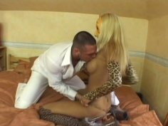 Marvellous blonde Adriana Russo gives blowjob in the mask
