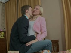 Next door girl Keira goes dirty with Matthew