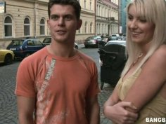 Bianca picks up a guy on a street and gives him a head