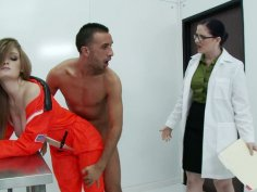 Snow white brick house Faye Reagan serves her cunt for BBC