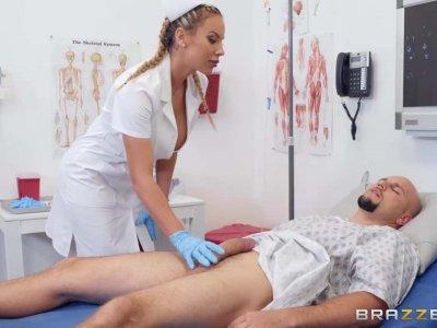 护士奥利维亚