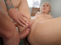 Allie Nicole spread legs and got her pussy plowed