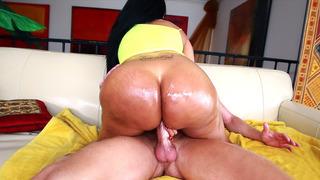 Kiara Mia plants her fat Latin ass on his dick and bounces Thumbnail